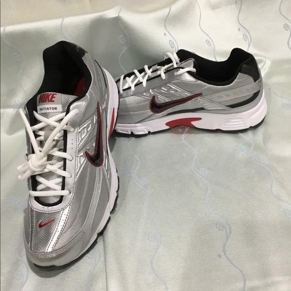 Nike Mens Initiator Running Shoes